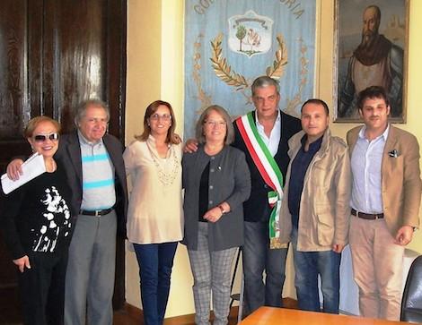 Tra emigrazione e diritti umani: intervista con Monica Xavier in Italia