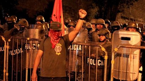 Honduras, cresce il fronte anti-golpe