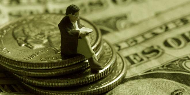 Luigi Pandolfi: «Tanto denaro in circolazione ma per i cittadini rimane una merce scarsa»
